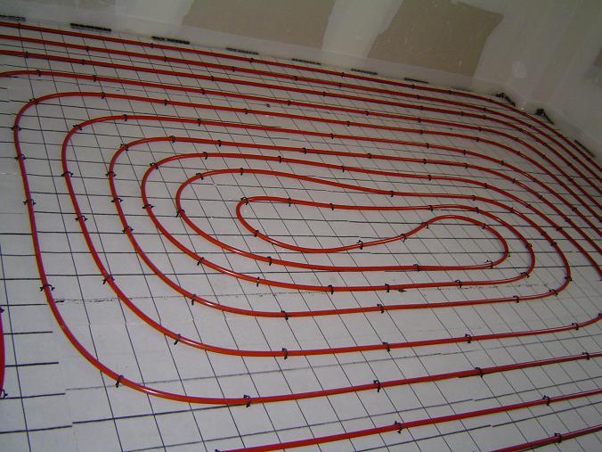 Le chauffage et le sanitaire construction de notre maison for Plancher chauffant rehau
